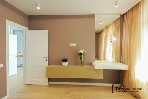 Кофейная спальня с туалетным столиком